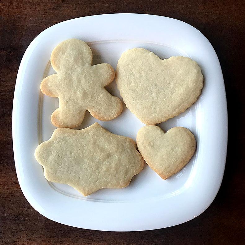 Sweetly in St. Louis by Rachel Katzman plain shortbread cookie