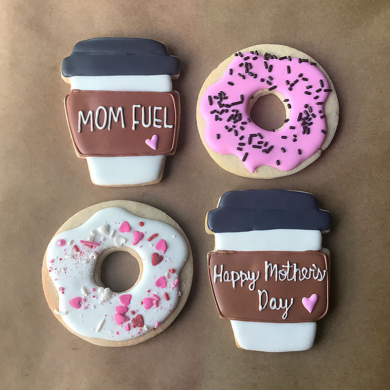 Sweetly in St. Louis by Rachel Katzman custom cookies for Mother's Day