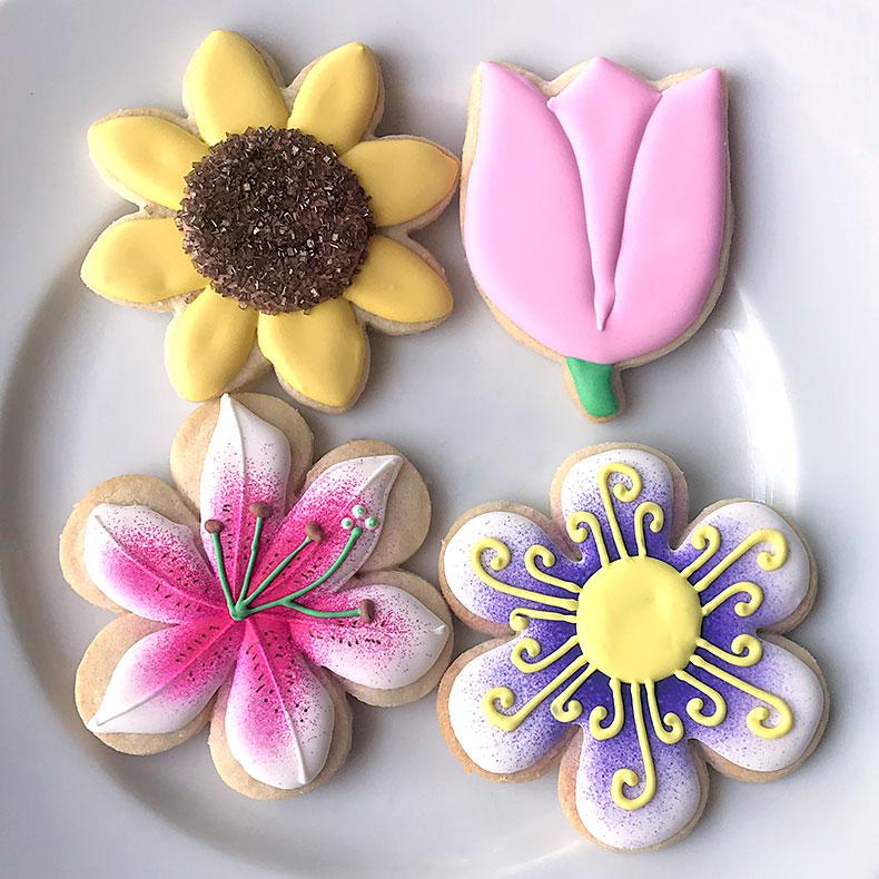 Sweetly in St. Louis by Rachel Katzman custom cookies flowers